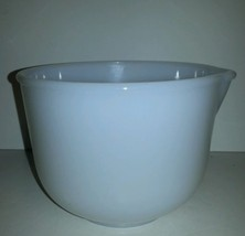 Vintage Sunbeam Milk Glass Mixing Batter Bowl W... - $9.49