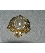 Vintage Victorian Style Goldtone with Faux Mabe Pearl Rimmed in Clear Rh... - $9.49