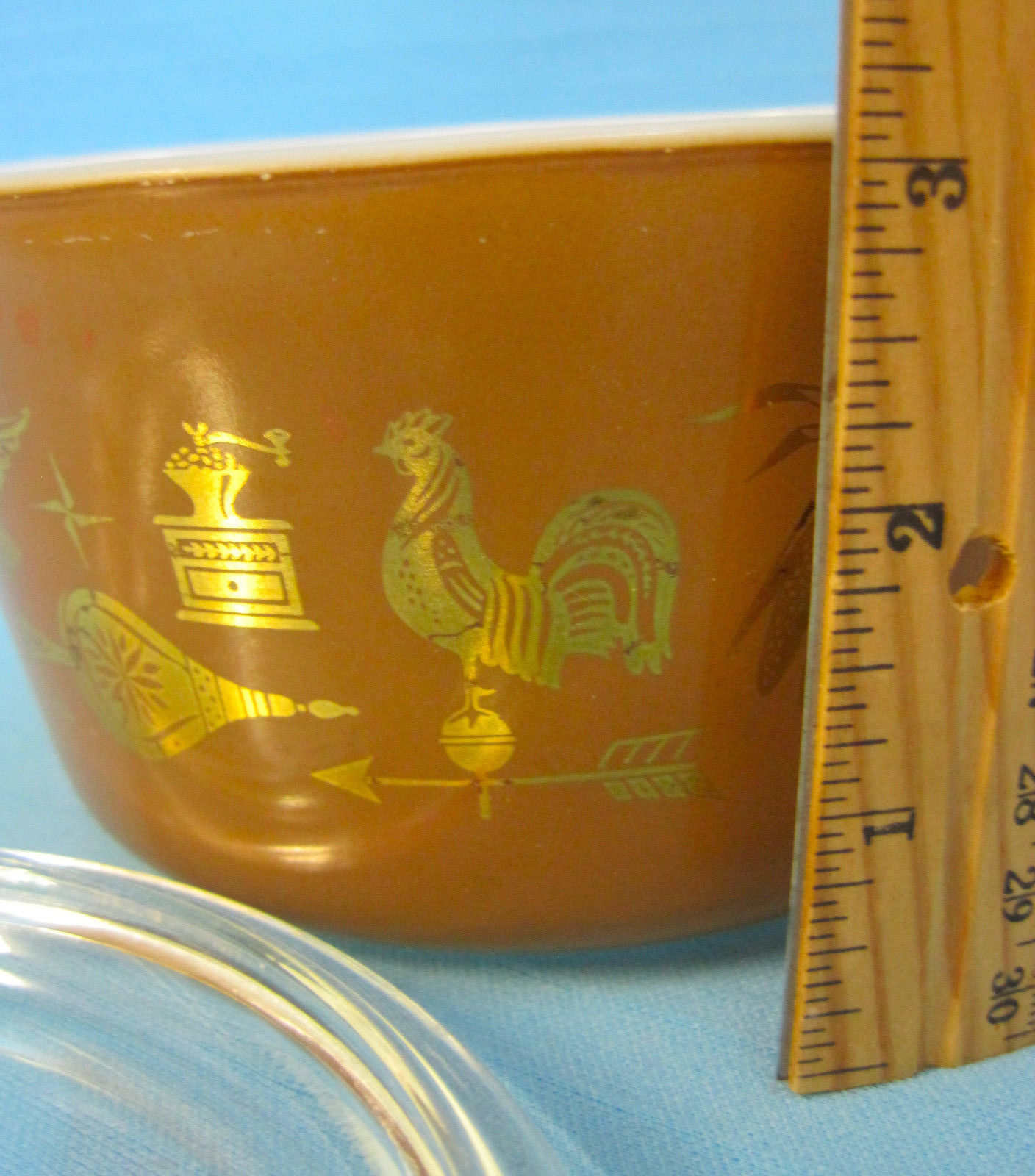 Pyrex Brown Gold Early American 1 Quart Casserole Dish Bowl Clear Lid 1960s