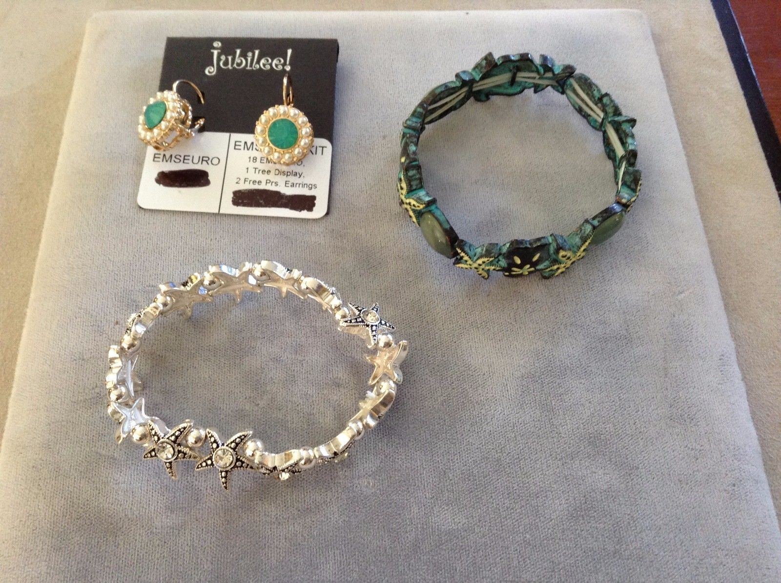 New Jubilee Earrings Silver Toned Gold Toned Sea Green Starfish Two Bracelet Set