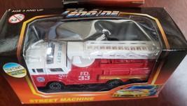 Pro Engine 911 Fire Dept Extended Ladder #33 Street Machine Mini Die Cas... - $3.95