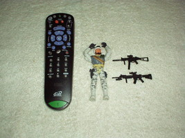 """2003 LANARD 4"""" Action Military Police FIGURE Toy with Extra RIFLES  - $11.00"""