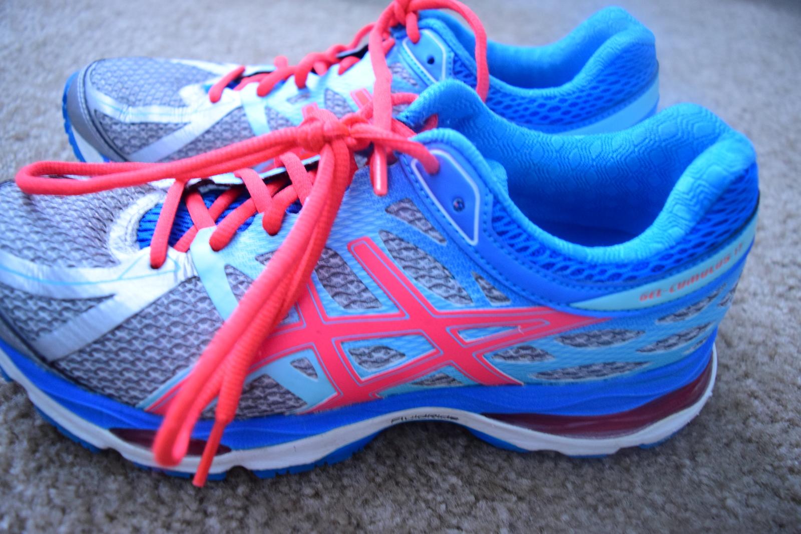 Asics Womens Running Shoes Gel Cumulus 17 Fluidride US
