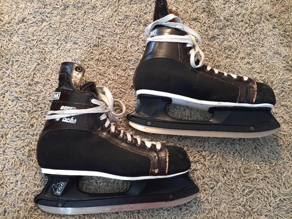 Vintage 1979 CCM Super Tacks Mens Ice Hockey Skates, Size 10.5