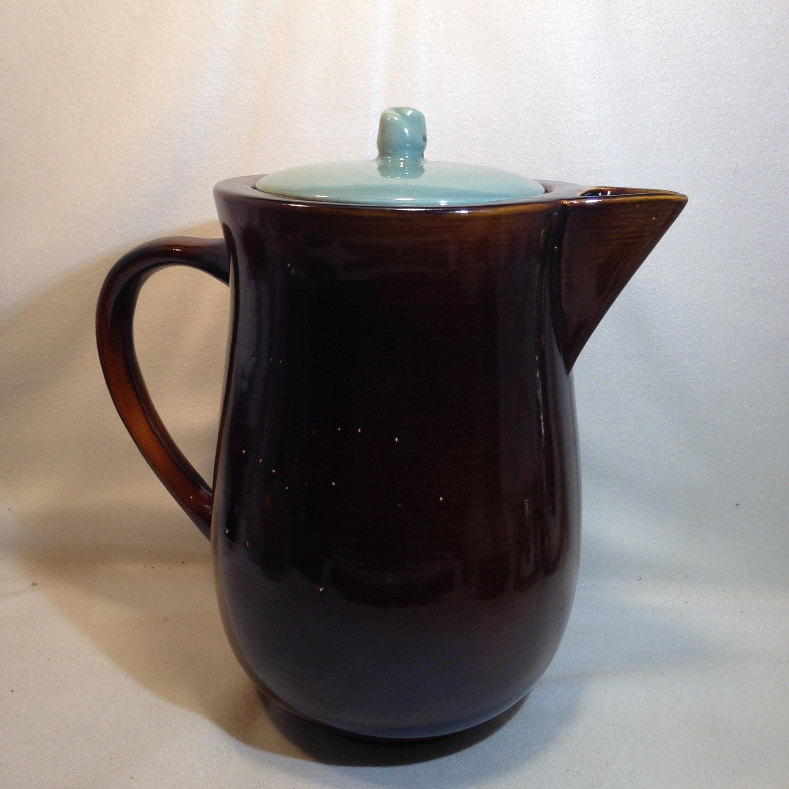 Red Wing Pottery Village Green Water Pitcher Jug W Lid C1951 10 1 4 128oz 62 45