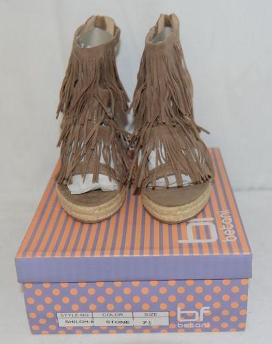 BF Betani Shiloh 8 Stone Fringe Wedge Heel Sandals Size 7 And Half