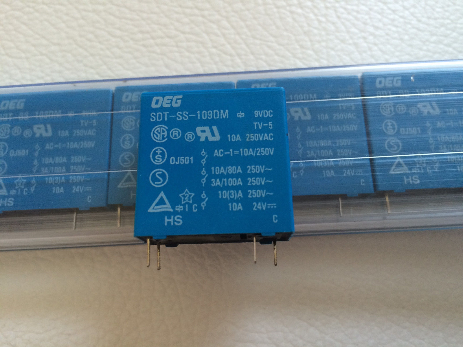 Sdt Ss 109 Dm Relay Gen Purpose Spst 10 A 9 and 18 similar items