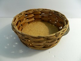 Vintage Pyrex Wicker Wood 2 Qt Casserole Dish Holder Cradle Fits 024 624... - $8.91