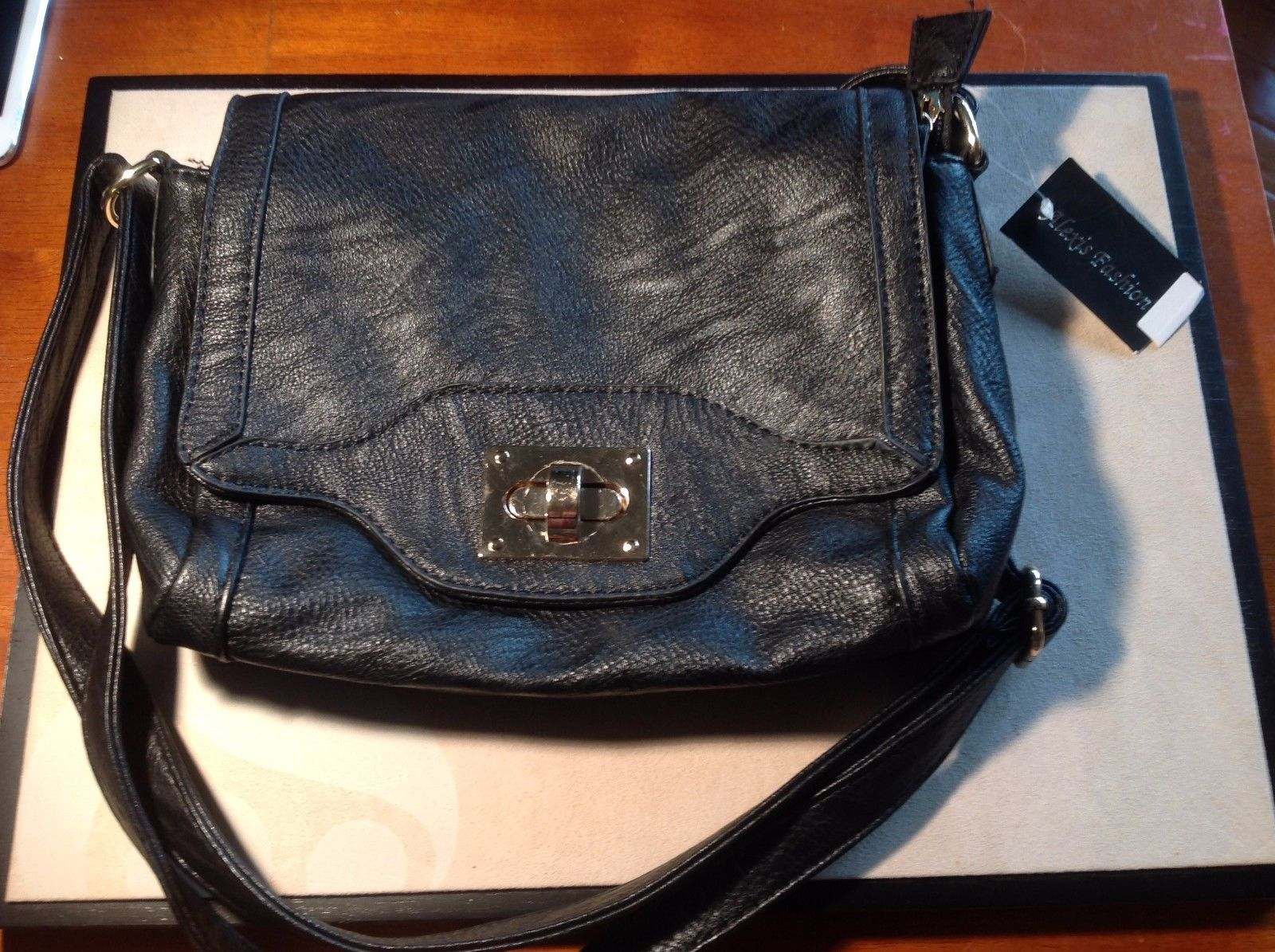 New Alexis Gashion Black Imitation Leather Three Pockets  Purse
