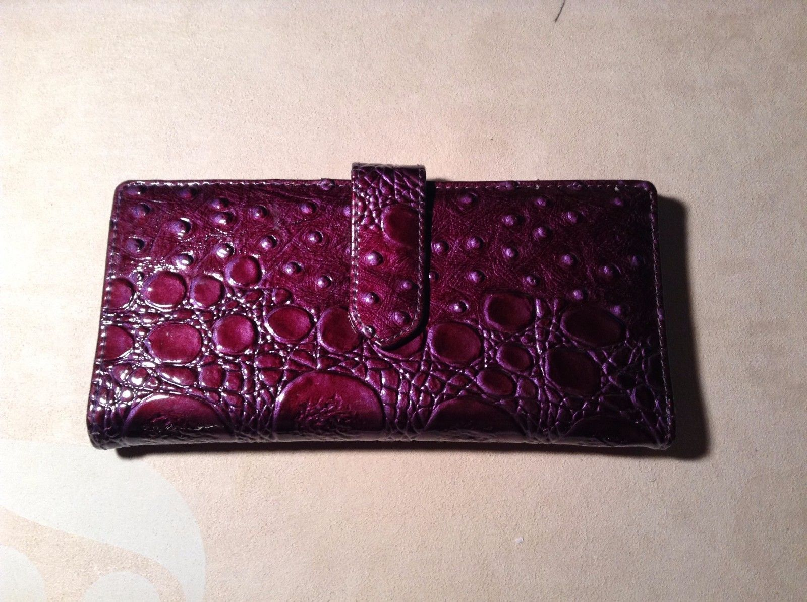 New Kristine Purple Reptile Pattern Imitation Leather Bifold Wallet Chip Lock
