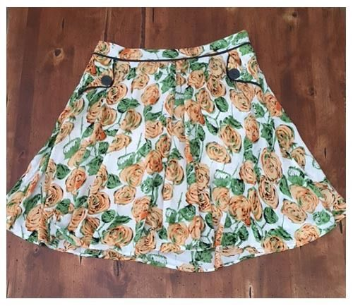 Downeast Floral Full Skirt Above Knee Lined Rayon Cotton Peach Green Medium M