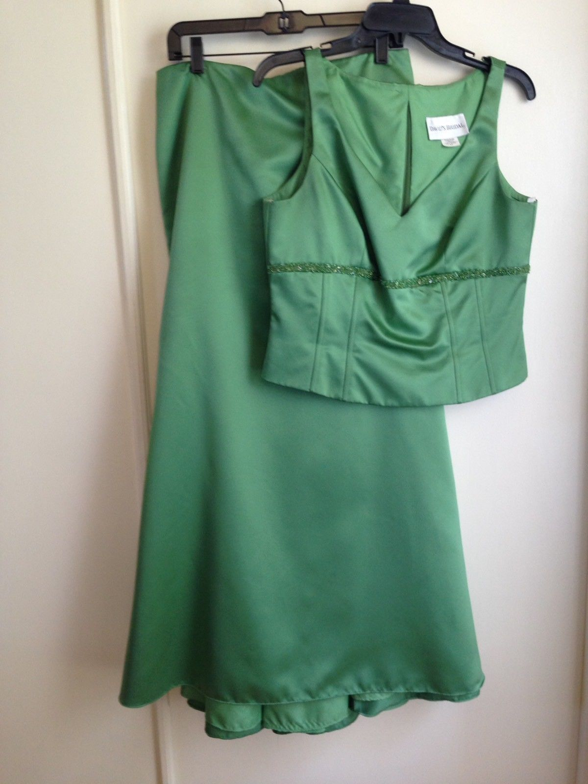 Primary image for David's Bridal Green Two Piece Formal Sleeveless Dress with Decorated Bodice 12