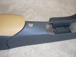 2001 PORSCHE BOXSTER CENTER CONSOLE  image 6