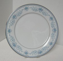 "Noritake Blue Hill 10 3/8"" Dinner Plate (S) Contemporary China Pat. 2482 - $9.30"