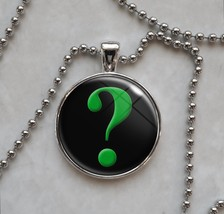 Green Question Mark Interrogative Punctuation Pendant Necklace - £10.64 GBP+