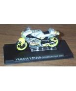 Yamaha YZR 250 Olivier Jacque 2000 Moto 1/24 Diecast Altaya - $9.92
