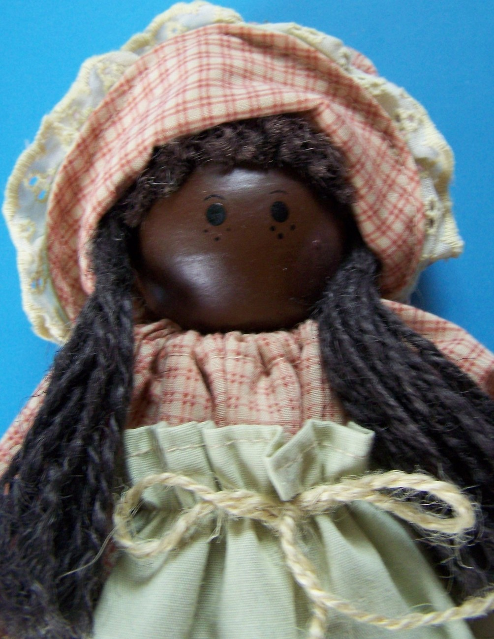 """11"""" MARIAH ROSE HAND CRATED WOODEN DOLL by JAME McDOW  Lindsay Hollow Farms NEW"""