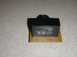 Oster Bread Machine Capacitor 4810-1 OEM (BMPF) - $9.49
