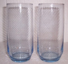 Vintage (2) Large Swirl Designed Pressed Shape Glass Tumblers in a Light... - $19.99