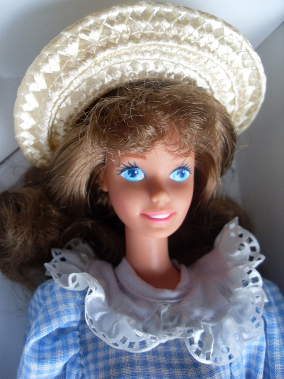 1992 SERIES I   LITTLE DEBBIE  DOLL  FIRST BARBIE'S COLLECTOR  Edition NRFB