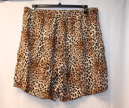 Cute New Glamour & Co Womens Plus Size 3 X Challis Leopard Print Shorts Short - $18.36