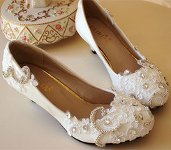Low heels Lace wedding shoes,Bridesmaid Shoes,Swarovski crystal Wedding ... - $48.00