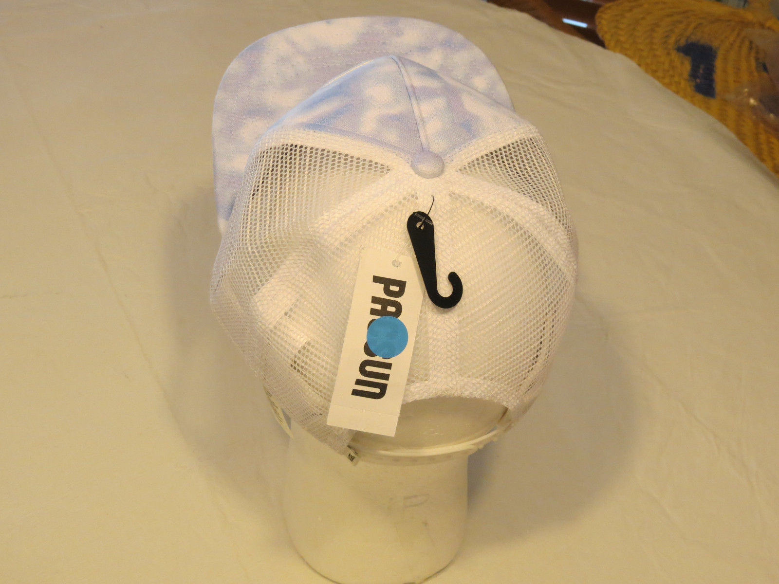 official photos 4059f fcb80 Van s off the wall Vans trucker hat cap NEW Adult womens mesh snap back