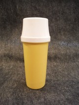Tupperware Pump Container # 1329 Yellow with White Pump & Lid # 1603 - $3.59