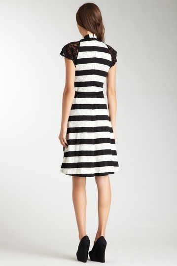 Eva Franco Fit and Flare Dress with Lace Sleeves Sz 2  NWT- $292