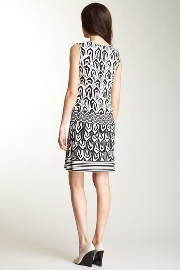 Donna Morgan Printed Drop Waist Dress NWT Sz 2 $141
