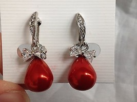 Swarovski silver tone clear bow stone red bubble screw back clip on earrings