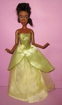 Barbie Disney Store Tiana Princess and the Frog Doll HTF Loose Unique Fa... - $12.00