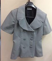 Women Short Sleeve Blazer Size 6 P. Black and White Plaid Fabric. - $7.00