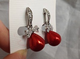 Swarovski silver tone clear bow stone red bubble screw back clip on earrings image 3