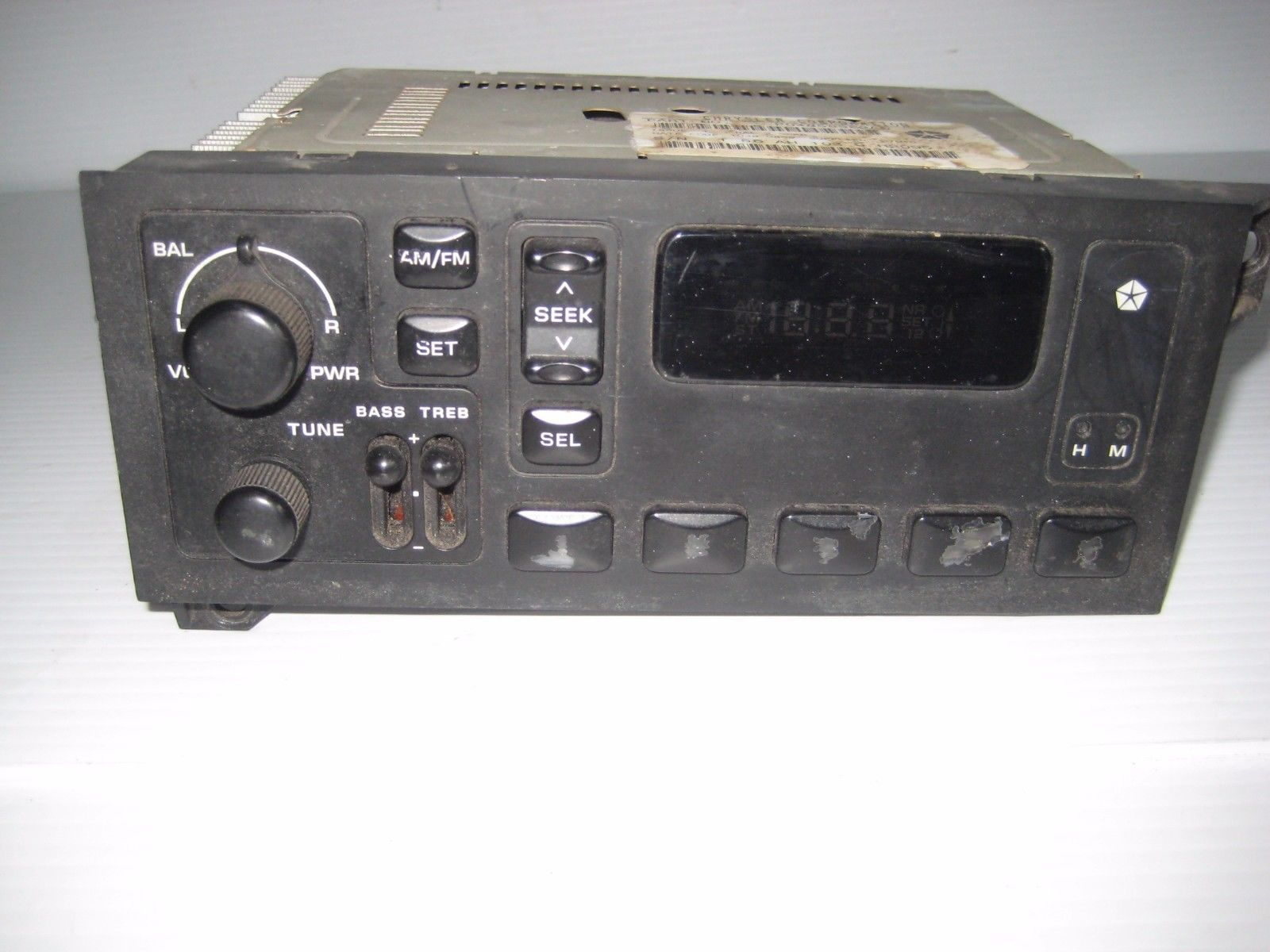 Chrysler Dodge Plymouth Jeep 1999 STEREO AM FM RADIO P04858562AD