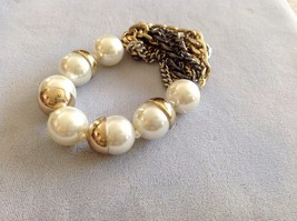 New Bracelet Simulated Pearls Stretch Half Sphere Gold Toned Shells Chains