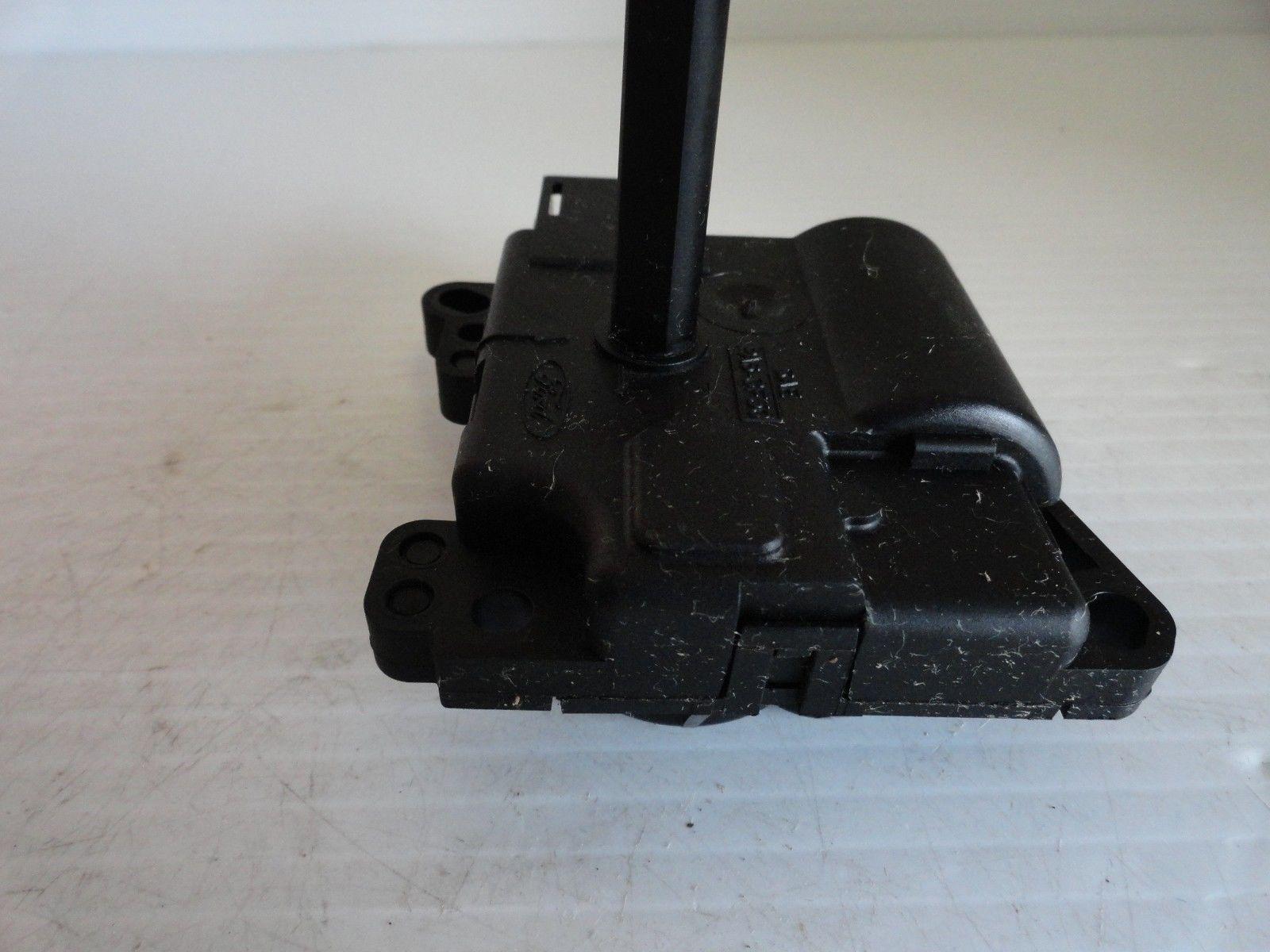LINCOLN Town Car 1998 99 00 01 02 HEATER BLEND ACTUATOR DOOR MOTOR OEM 1