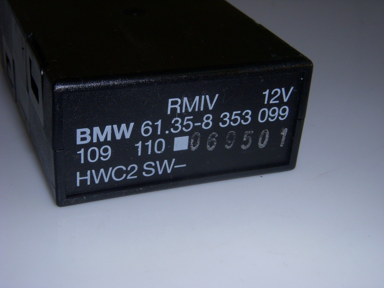 Bmw 325i 3 Series 1995 Rmiv Electric Relay And 46 Similar Items Electromagnetic Computer Module Oem