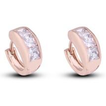 Diamanted AAA Zircon 18K Gold Galvanized Ear Studs - €9,63 EUR