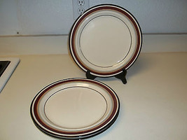 Anchor Hocking Carnet ~ Set of 3 Dinner Plates 10 3/4 Inches - $32.66