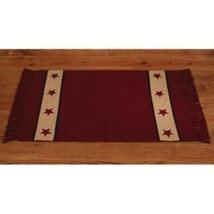 Country house new cranberry BARN STAR rug/ 24 x 42 / nice area rug - $32.71