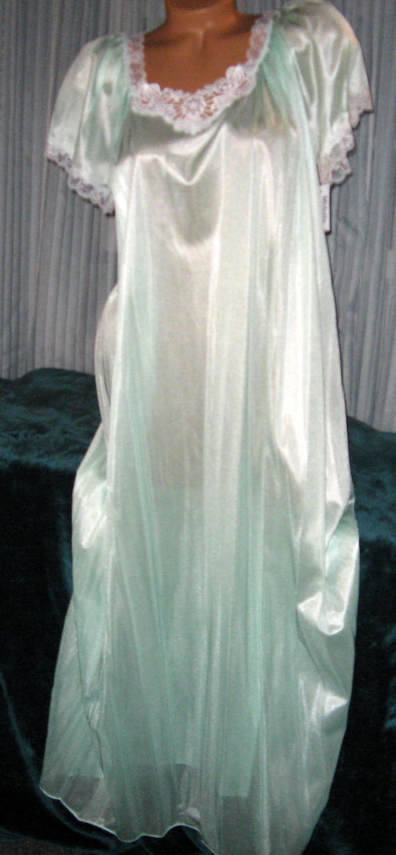Pale Mint Green Embroidery Nylon Long Nightgown S