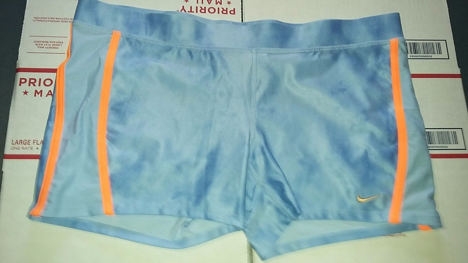 Primary image for Nike TEMPO Women's Running Shorts Sz XL TEMPO BOY LIGHT BLUE Design