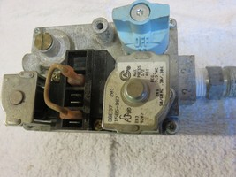 FURNACE GAS VALVE WHITE RODGERS- 36E97-201 PART  1585-987 - $37.90