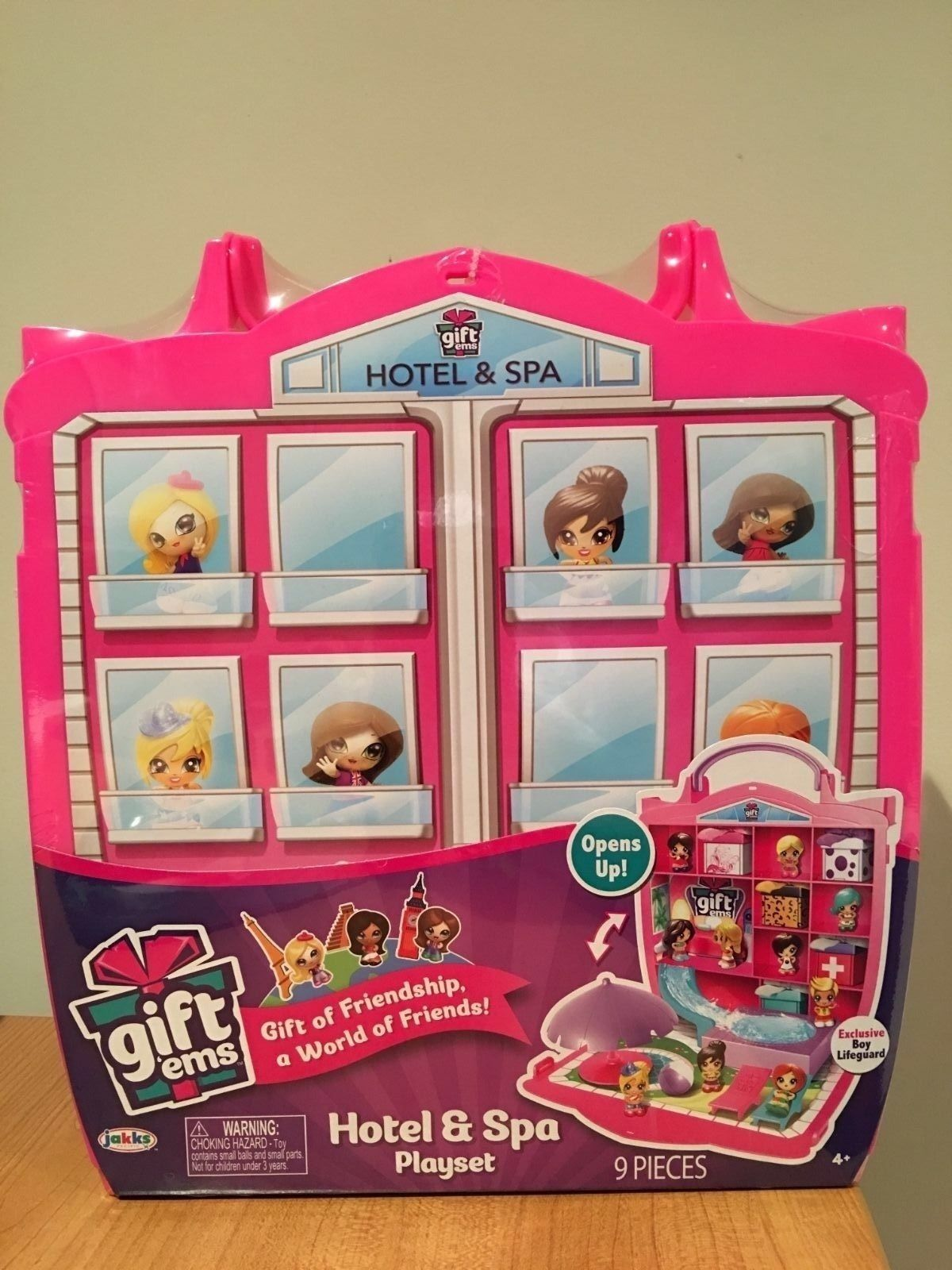 Primary image for Gift'ems Hotel & Spa Playset New 9 pieces Carry Case