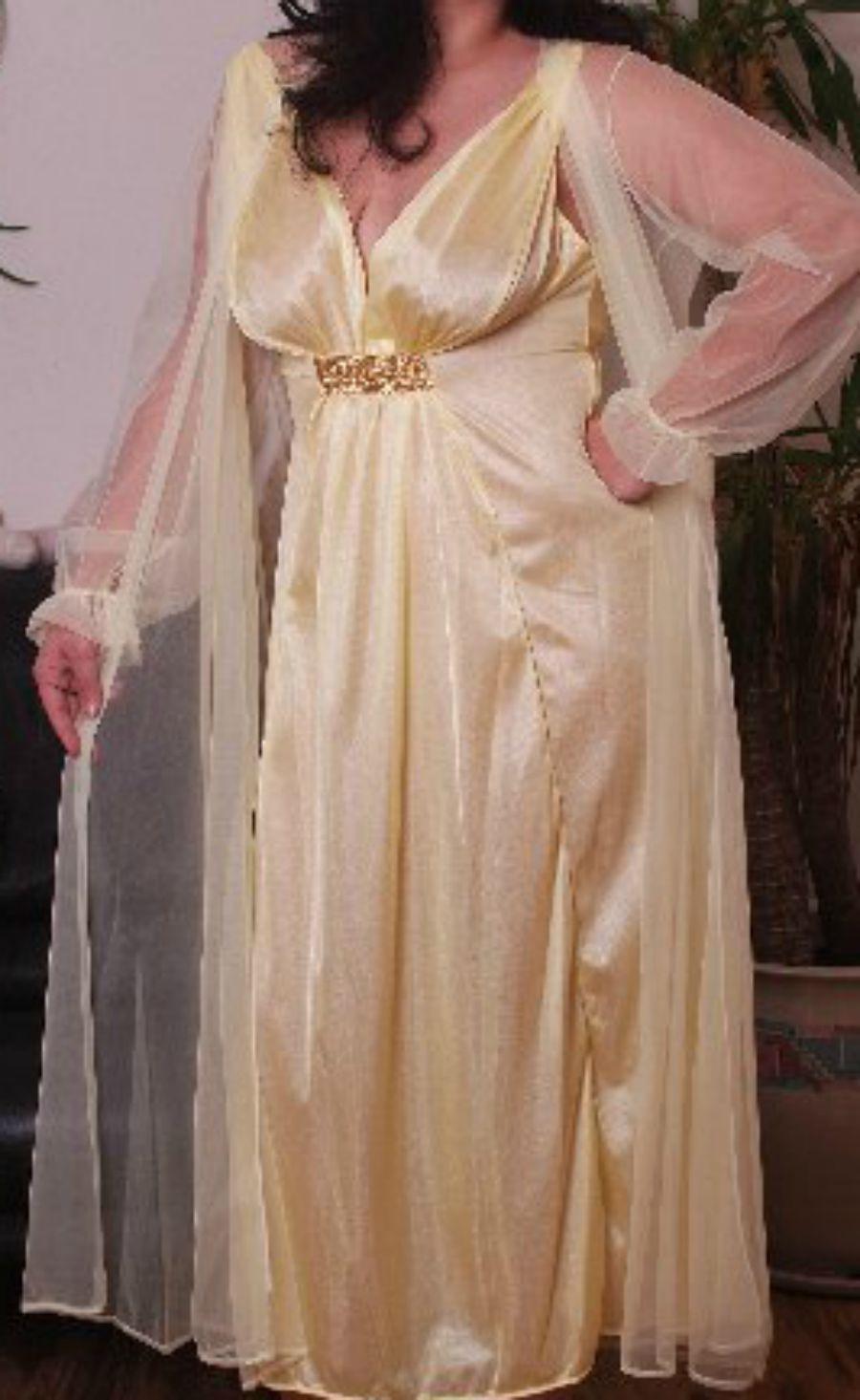Yellow Nightgown Robe Set 1X Nylon Chiffon 2 piece Semi Sheer
