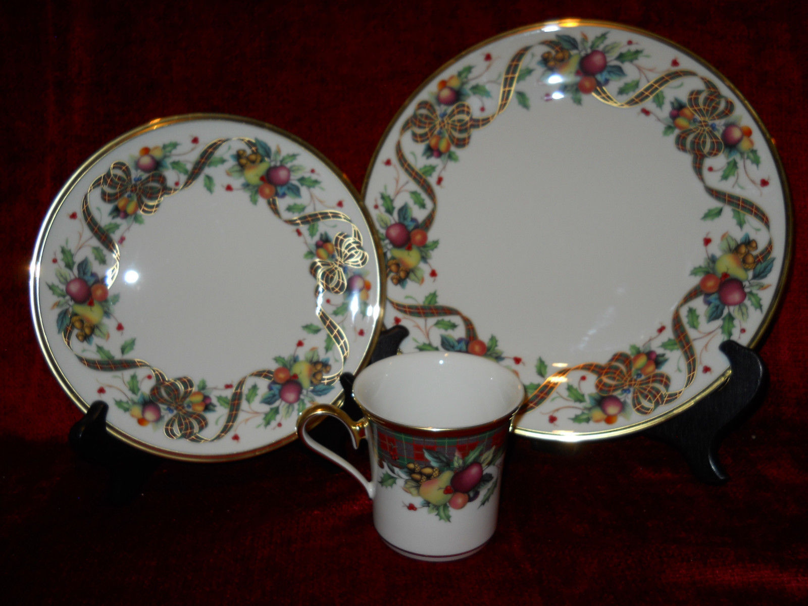 Lenox Holiday Tartan 3 piece place setting dinner salad plates and mug excellent & Lenox Holiday Tartan 3 piece place setting and 10 similar items