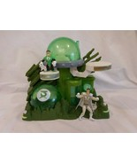 Imaginext DC Super Friends Green Lantern Planet Playset with 2 Figures - $25.62