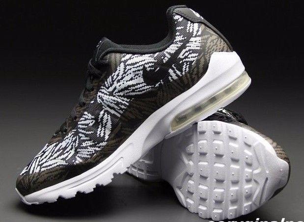 f1865da0dc2e Nwb Nike Air Max Invigor Kjqrd Sneakers Us S and 50 similar items