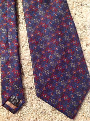 Mens Necktie 100% Silk Geoffrey Beene Blue Red Italy